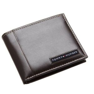 New Tommy Hilfiger Men's Brown Leather Wallet